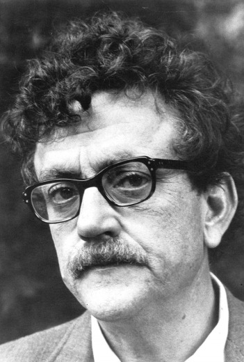 Photo of Kurt Vonnegut from a 1972 appearance on WNET-TV